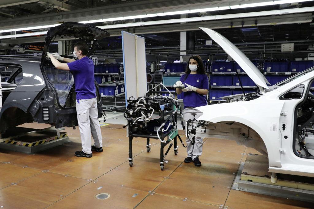 """Covid-19-Restart bei Volkswagen: Mehr als """"push the Button"""""""