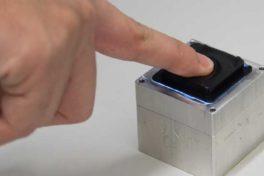 Tastsensor: Damit Roboter fühlen können