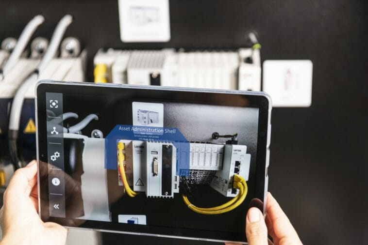 Digitales Engineering: Lenze an der SPS