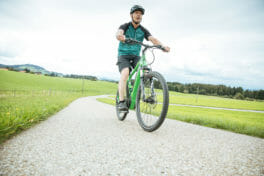 Verzahnung: Wie hat Liebherr die fertigen von E-Bikes unterstützt