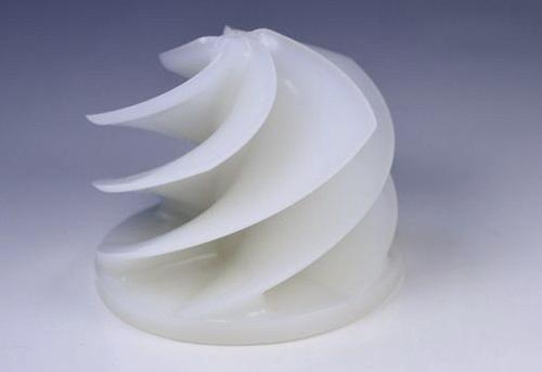 """Ein """"Stüpfler"""" ist ein Teil aus Polyäthylen mit Metallansatz und dient in der Lebensmittelindustrie der Herstellung von Semmeln (Preußisch: Brötchen oder Schrippe)."""