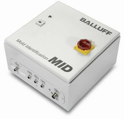 Die zentrale MOLD-ID-Einheit mit Industrie-PC und Software besteht aus einem separaten Schaltschrank.
