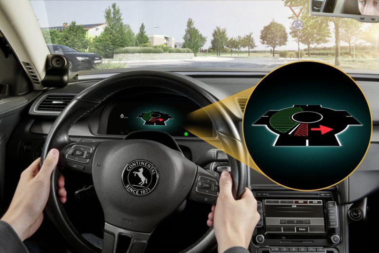 continental_infahren-in-den-kreisverkehr-zoom-data