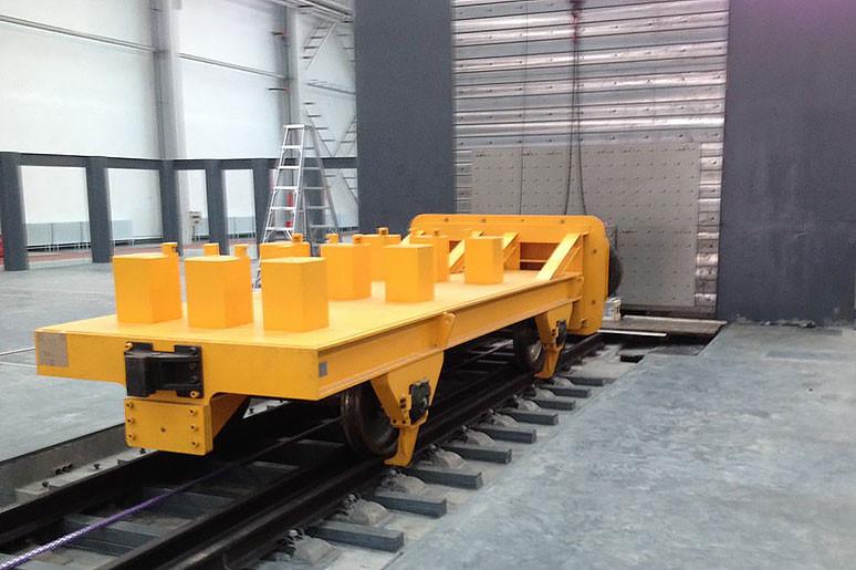 kistler_trains-crash-into-the-wall_0f863cb0b5