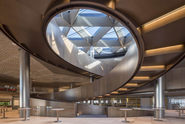 seele_pm_bloomberg_c_nigel_young_foster_partners