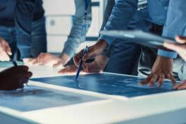 PLM-Lösungen: Wie sie schnelle und flexible Produktlieferungen gewährleisten