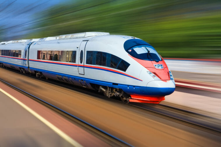 Hochgeschwindigkeits-Pyrometer: Was Zügen und PET-Flaschen gemein ist