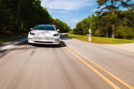 Autobranche: Produktion von E-Autos nimmt Fahrt auf