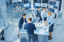 Forscher erforschen das System of Systems