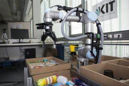 2017_109_wenn_roboter_beim_einkaufen_helfen