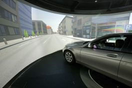 daimler_driving_simulator_-_quelle_barco