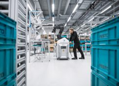 festo_mobile_robot_worker_13x18_rgb
