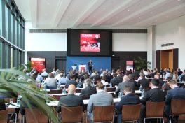 Begrüßung der Konferenzteilnehmer durch Simufact-Geschäftsführer und CEO Michael Wohlmuth (Bild aus 2015).