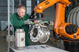 mensch-roboter-kollaboration-lb