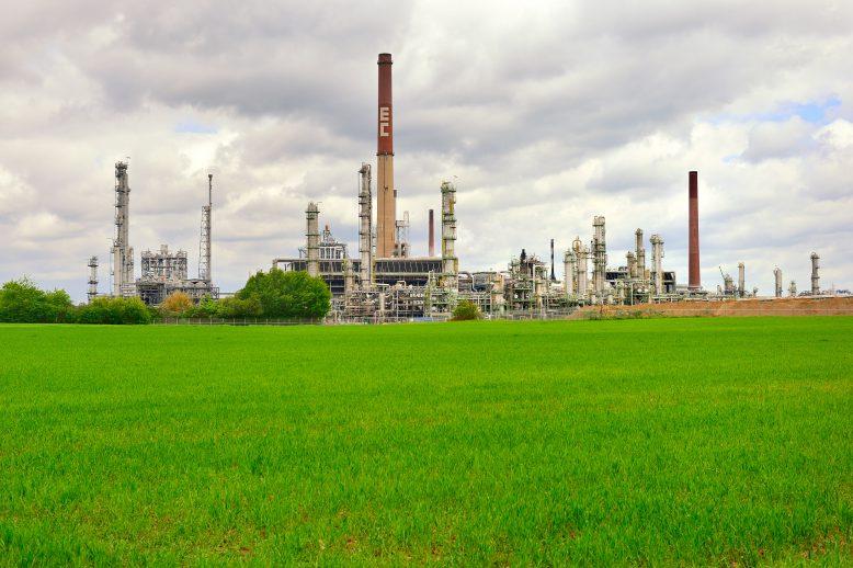 petrochemie-standort_ineos-in-koeln