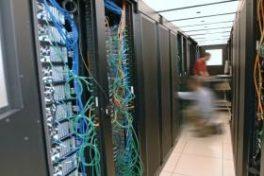 Mit dem neuen Cooling-Interface von Schneider Electric IT Business wird die Energieeffizienz im Rechenzentrum erhöht.