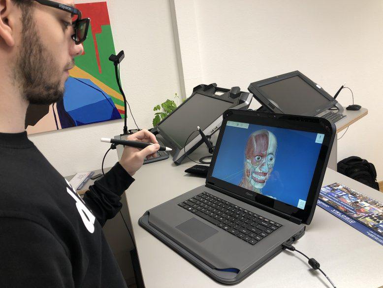 zspace-laptop-11
