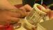 Wie technische Keramik hilft, Glasfasern aus Mondgestein herzustellen